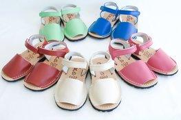 Avarca sandalen met klittenband