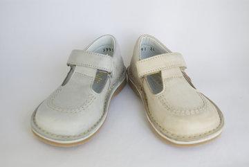 T-strap schoenen met klittenband
